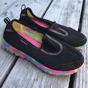 Girls Black Slip-on Go Walk Skechers Size 1.5